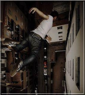hombre cayendo