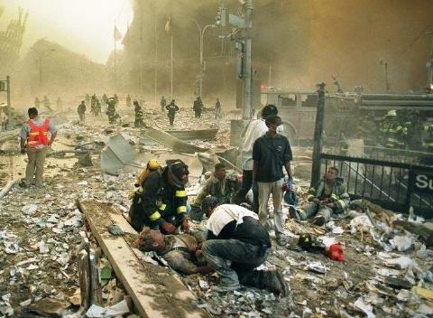 fotos de las torres gemelas destruidas 13
