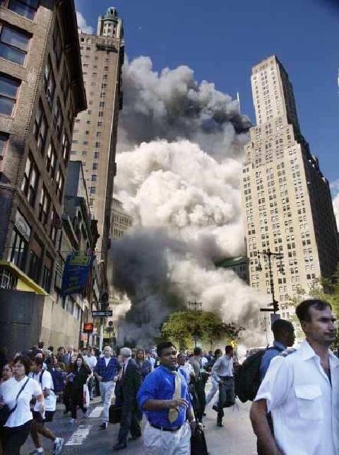 fotos de las torres gemelas destruidas 16