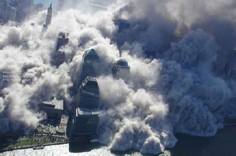fotos de las torres gemelas destruidas 7