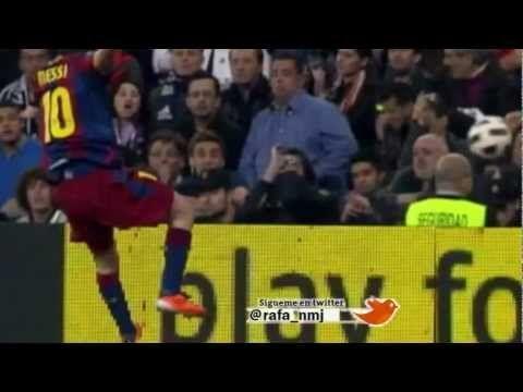 Messi lanza un balonazo al público