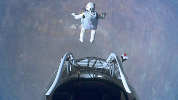 Fotos de el Salto desde la Estratosfera 1