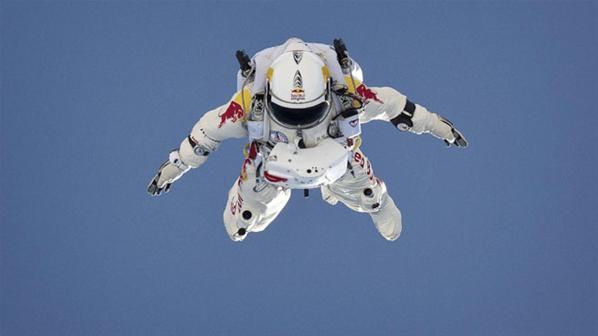Fotos de el Salto desde la Estratosfera 2