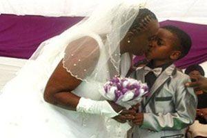 Antepasados provocan el casamiento de un niño de 8 años