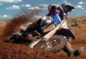 MotoCross un deporte de fortaleza para el dúo piloto motocicleta