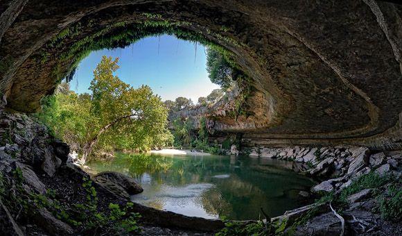 Cuevas Impresionantes Hamilton-Pool