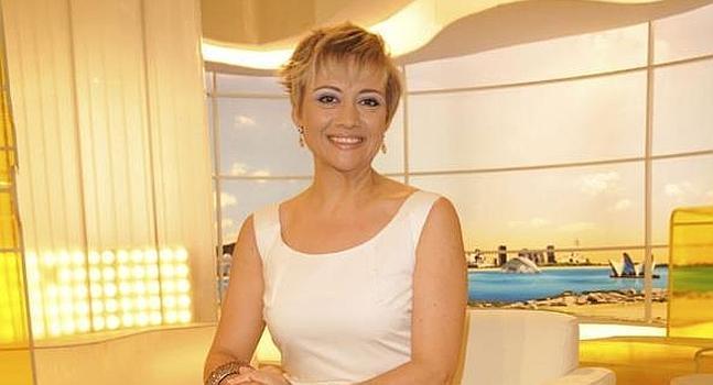 La presentadora Gloria Serra, Embarazada a Punto de Cumplir 50 Años