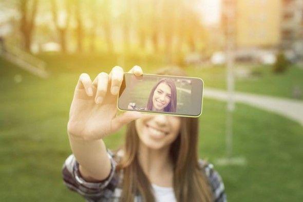 Pueden-las-selfies-afectar-tu-concepto-de-belleza