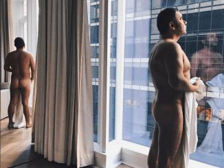Jorge Javier Vázquez Posa Desnudo en Instagram